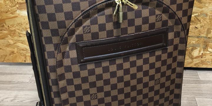 ルイヴィトンスーツケース
