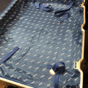 RIMOWA スーツケース 修理