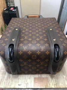 ルイヴィトン スーツケース修理