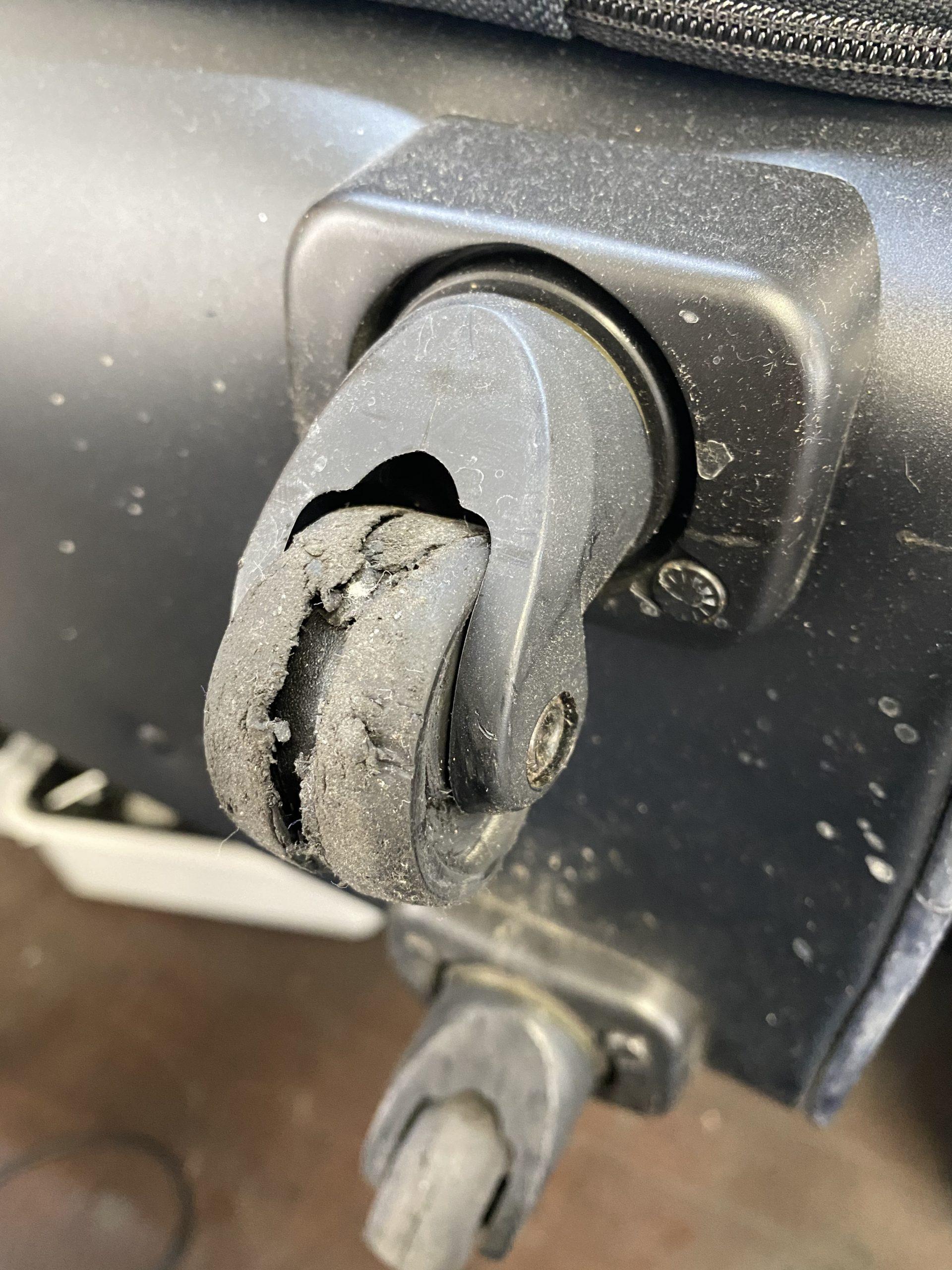 タイヤ交換修理