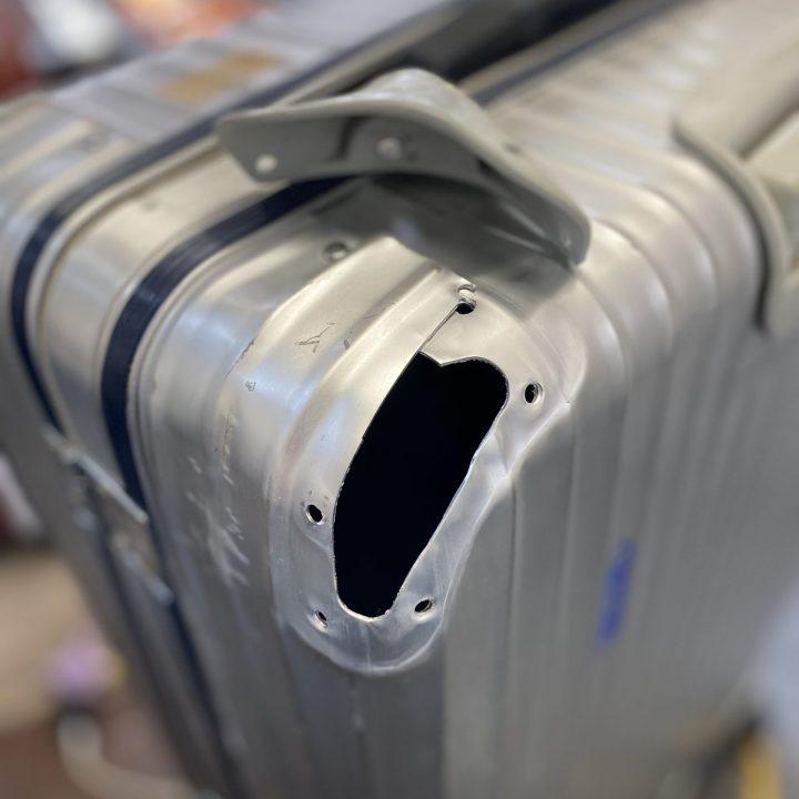 スーツケース部品