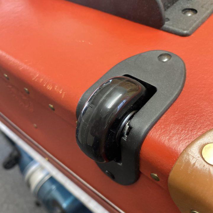 グローブトロッタ―修理